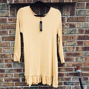 NWT Annabelle Long Sleeve Dress